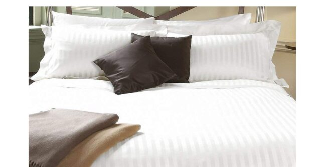 Lali Prints Luxury 200TC Premium White Sateen Striped Single Bedsheet with 2 Pillow Covers